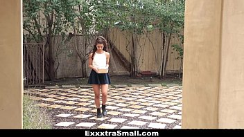 ExxxtraSmall - Sexy Petite Latina (Gabriella Ford) Fucks Neighbor porno izle