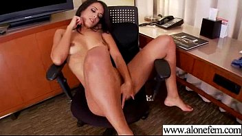 Sex Toys To Masturbate For Gorgeous Alone Girl (layla sin) video-11