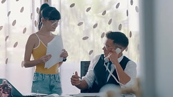 Sweet Caomei Wants to Cheat With Her Boss thumbnail