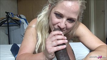 MILF Street Hooker Give Blowjob For Money to BBC - German