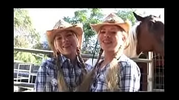 Texas Twins Sexual Highlights 57 sec
