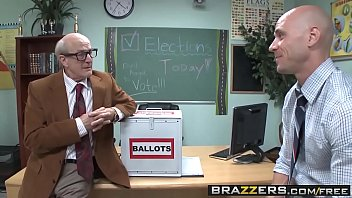 Big Tits At School - (Jessie Rogers, Johnny Sins) - Fucking For School President - Brazzers