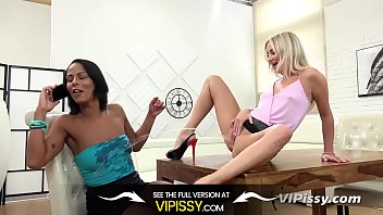Peeing girl friend - Vipissy - pissy distractions