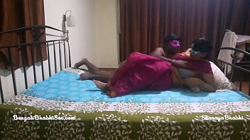 big ass mature indian bengali bhabhi with her tamil husband having rough bedroom sex 7 min