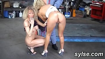 cam2cam lesbien avec amatrices francaises au bord de la piscne