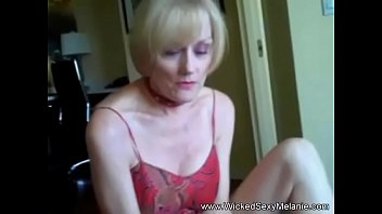 Suck And Fun With Amateur Granny