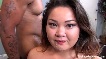 Gigi gets her face fucked 7分钟
