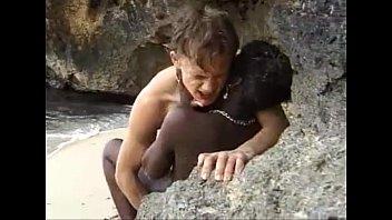 Remaja Afrika Mendapat Anal Kacau Di Pantai