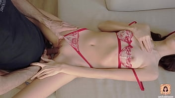 SKINNY RUSSIAN FUCKED HARD BY BIG COCK - AMATEUR COUPLE 14分钟