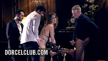 Torrid foursome for the hot French beauty Claire Castel 10分钟