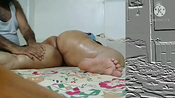 Hot Indian mom Big boobs oily massage than  creamipie