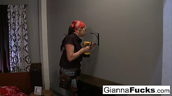 Big tit repairwoman Gianna Michaels gets dicked down