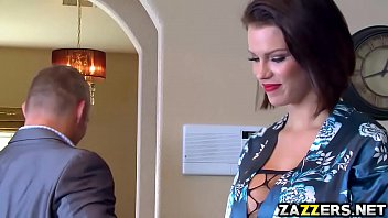 Peta Jensen gives a sneaky deep throat blowjob