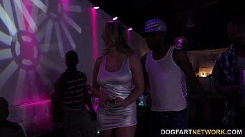 Brooke Wylde gets gangbanged in a club 15 min