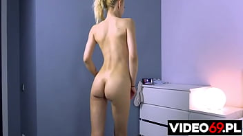 Polskie porno – Filigranowa blondi