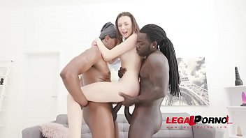 Isabella De Laa assfucked by 2 BBC in hot threesome with balls deep DP and gapefarts SZ2476