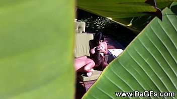 Spying on my busty lesbian neighboors 6分钟