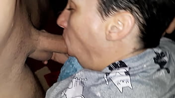 Streaming Video Wife swallowing cum and facefucked - XLXX.video