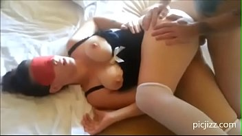 2 STRANGERS FUCK SUB WIFE AND CUM ON FACE CUCKOLD HUSBAND WATCHES AND FILMS