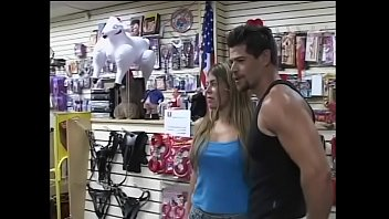 Playful blonde nympho Bruna told her overstuffed musclehead friend that it would be a great idea to purchase something interesting in sex shop and to make love there 23分钟