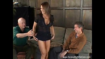 Club ass shacking - Married milf loves to swing