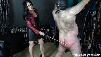 Uk bottom - Confession and penance - domina jemma will make you admit your guilt