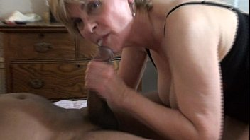Miget women sucking cocks - Suck his fat cock until he blows in my mouth