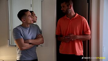 Stoned straight boy allows gay neighbor - Nextdoorstudios straight divorcee raw fucks muscle hunk neighbor
