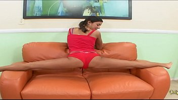 Cassidy Morgan Does The Splits On A Hard Dick