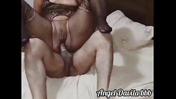Sentando na rola com o cu Angel Davila