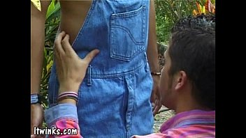 Shape of gingko leaf gay women - Young gay lover seduces a terrific redneck twink