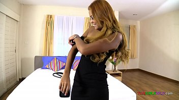 Sexy body Thai blonde girl hardcore