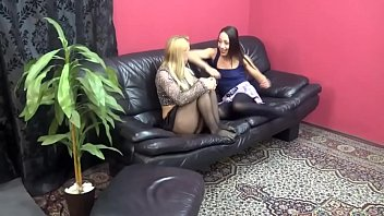 Homemade Lesbians 3.9 - Full Video On CamBova.com