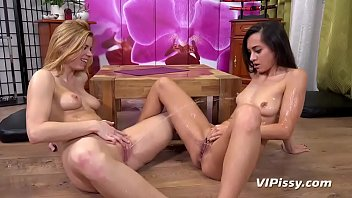 Free golden showers video - Video-shrima-chrissy free