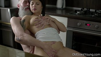 Pussy and old man - Old goes young - sexy brunette gerra and her man