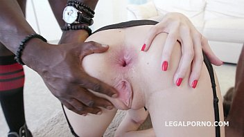 Belle Clair and Tina Kay office sluts 5on2 interracial   swallow from ass Vorschaubild