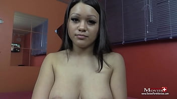 Jennifer 19 im Bondage-Gang-Bang von 3 Typen gefickt