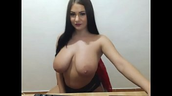 hot lady with huge tits chating | more on www.youfap.me/BBRYv - Pumhot.com