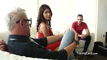 Tranny transexual sarah hevyn Dude sucked latona tranny cock