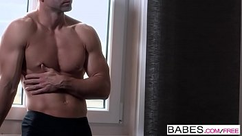 Babes - Feline Eyes  starring  Totti and Cayenne Klein clip 8 min