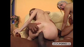 2 on 2: great foursome on a couch NL-17-01