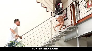 PunishTeens - Naughty Rachael Madori Gets Punished & Gagged By Stepfather 8分钟