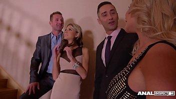 Anal inspectors watch blondies Gina & Rachele Richey ass fucked on Xmas porno izle