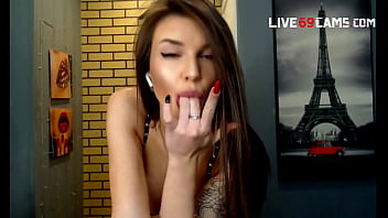 lovely girl at Live69Cams blowjob and dancer