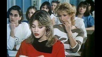 Retro porn german Dortoir des grandes 1984