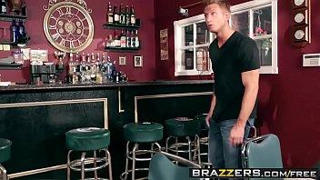 Brazzers - (Mackenzee Pierce, Bill Bailey) - Fill My Position