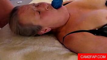 Granny Facial Free Amateur Porn Video Vorschaubild