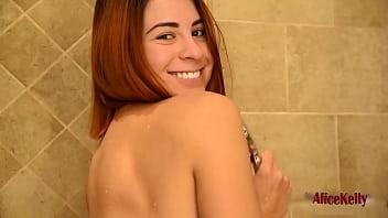 Beautiful Babe Masturbates In Shower