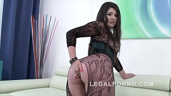 Douple anal Big butt slut katlein ria douple penetrated fucked by 3 big fat dicks