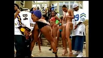 1513897 porn music video nelly tipdrill thumbnail
